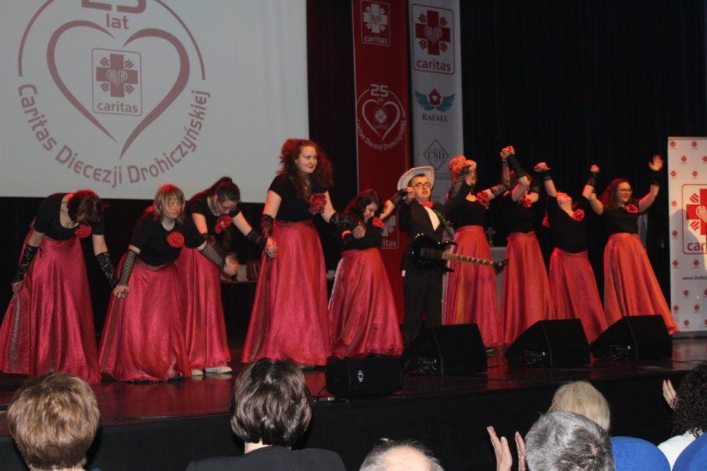 foto: Gala jubileuszowa 25-lecia Caritas Diecezji Drohiczyńskiej - IMG 5503 1024x682
