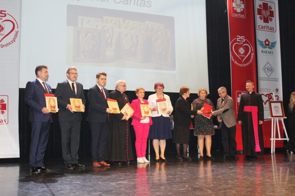 foto: Gala jubileuszowa 25-lecia Caritas Diecezji Drohiczyńskiej - IMG 5511 1024x682