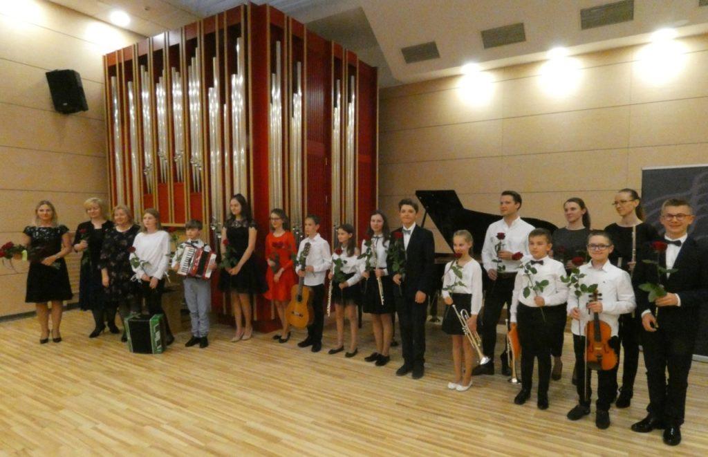foto: Koncert uczniów Szkoły Muzycznej na Uniwersytecie Przyrodniczo-Humanistycznym - P1000608 1024x661