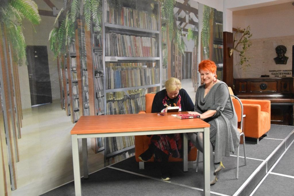 foto: Spotkanie autorskie Krystyny Kofty w MBP - DSC 0069 1024x682