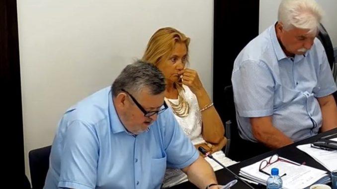 Burmistrz i skarbnik podczas sesji