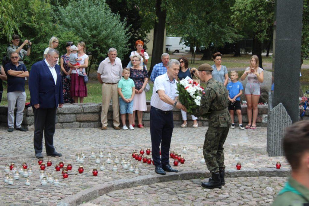 foto: Sokołów oddał cześć Powstańcom - IMG 7141 1024x682