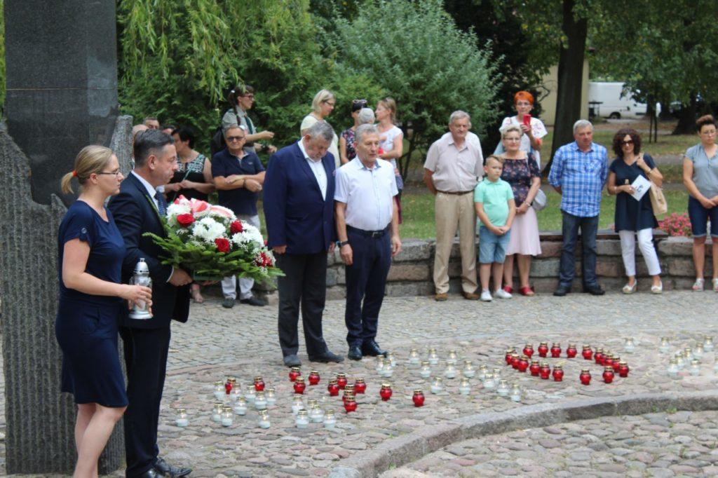 foto: Sokołów oddał cześć Powstańcom - IMG 7142 1024x682