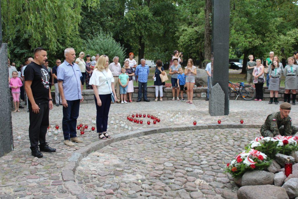 foto: Sokołów oddał cześć Powstańcom - IMG 7144 1024x682