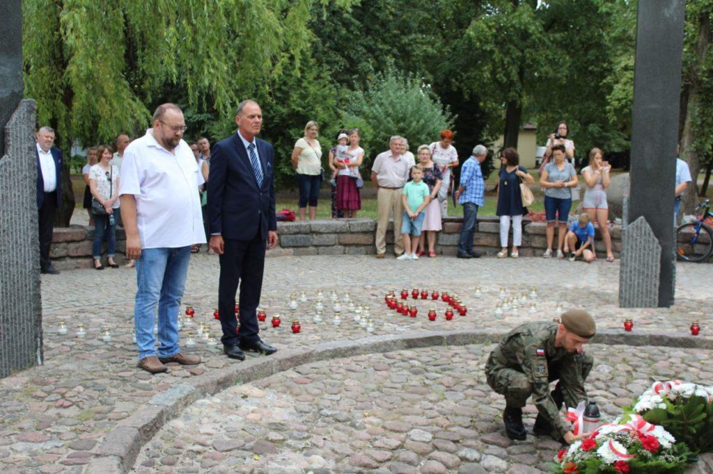 foto: Sokołów oddał cześć Powstańcom - IMG 7147 1024x682