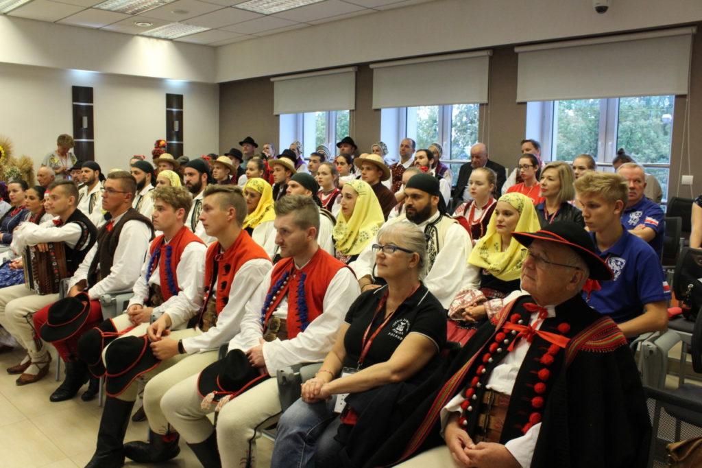 foto: Delegacje zespołów z wizytą w UM - IMG 7872 1024x682