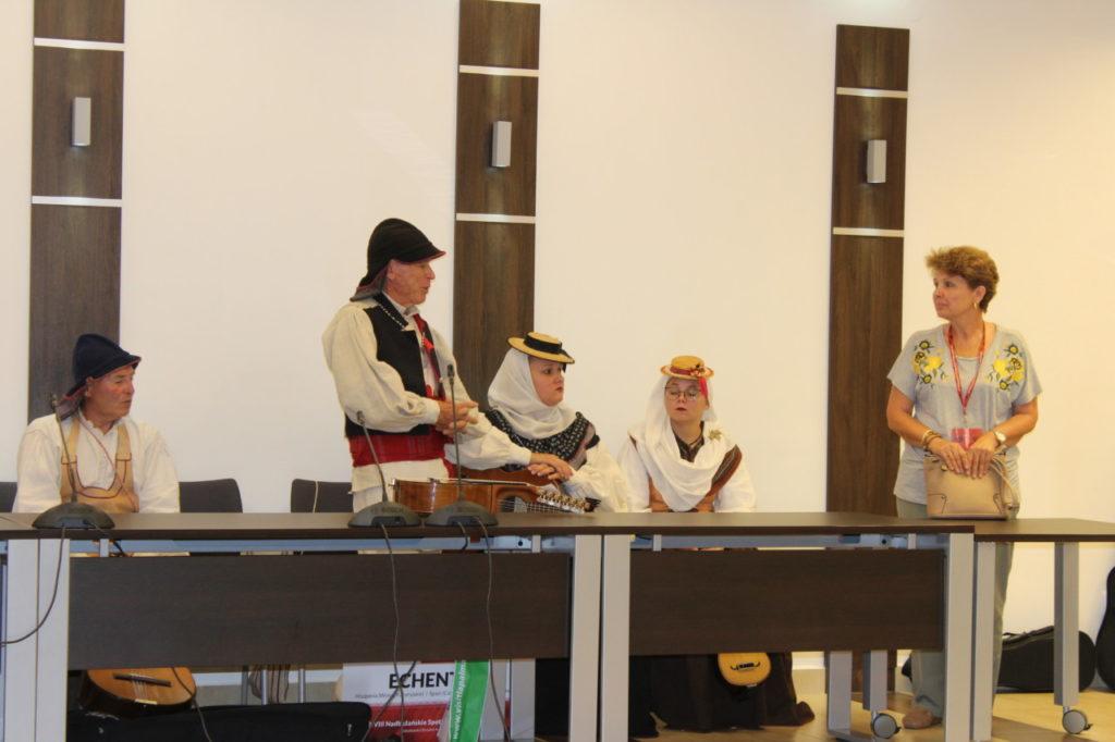 foto: Delegacje zespołów z wizytą w UM - IMG 7877 1024x682