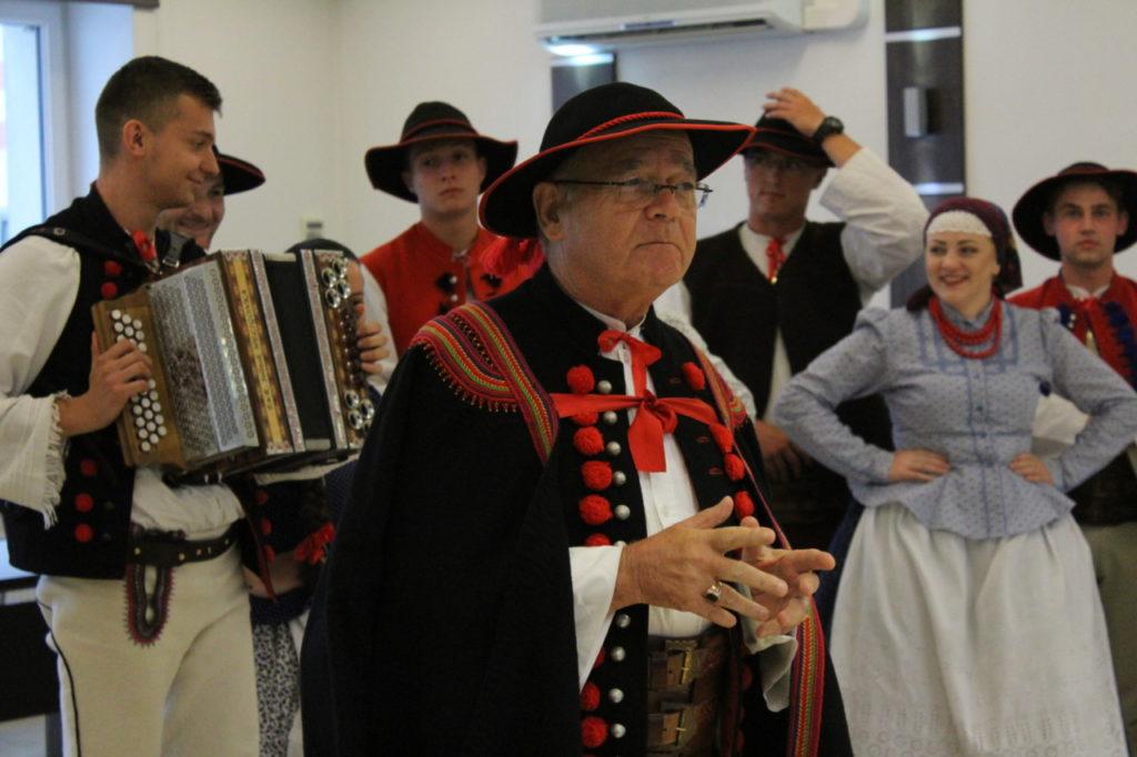 foto: Delegacje zespołów z wizytą w UM - IMG 7890 1024x682