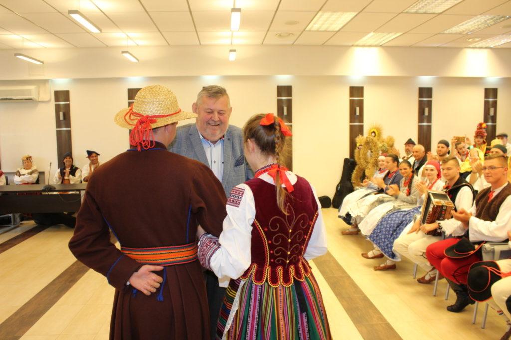 foto: Delegacje zespołów z wizytą w UM - IMG 7923 1024x682