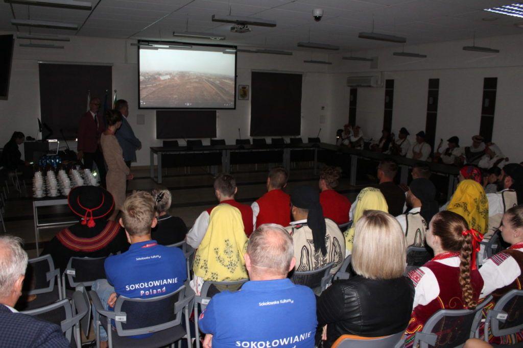 foto: Delegacje zespołów z wizytą w UM - IMG 7876 1024x682