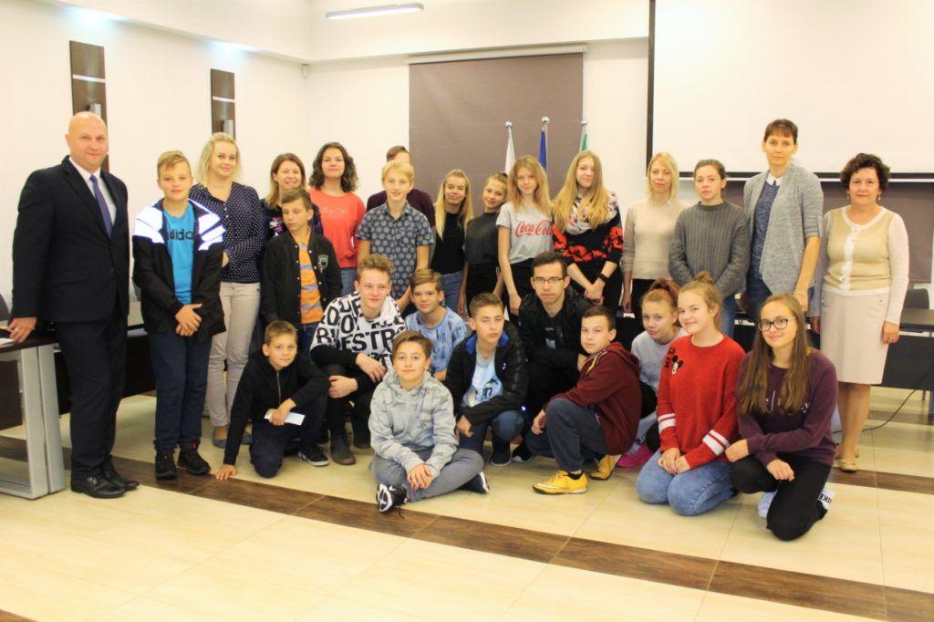 foto: Młodzież z Jekabpils z wizytą w UM - IMG 8143 1 1024x682