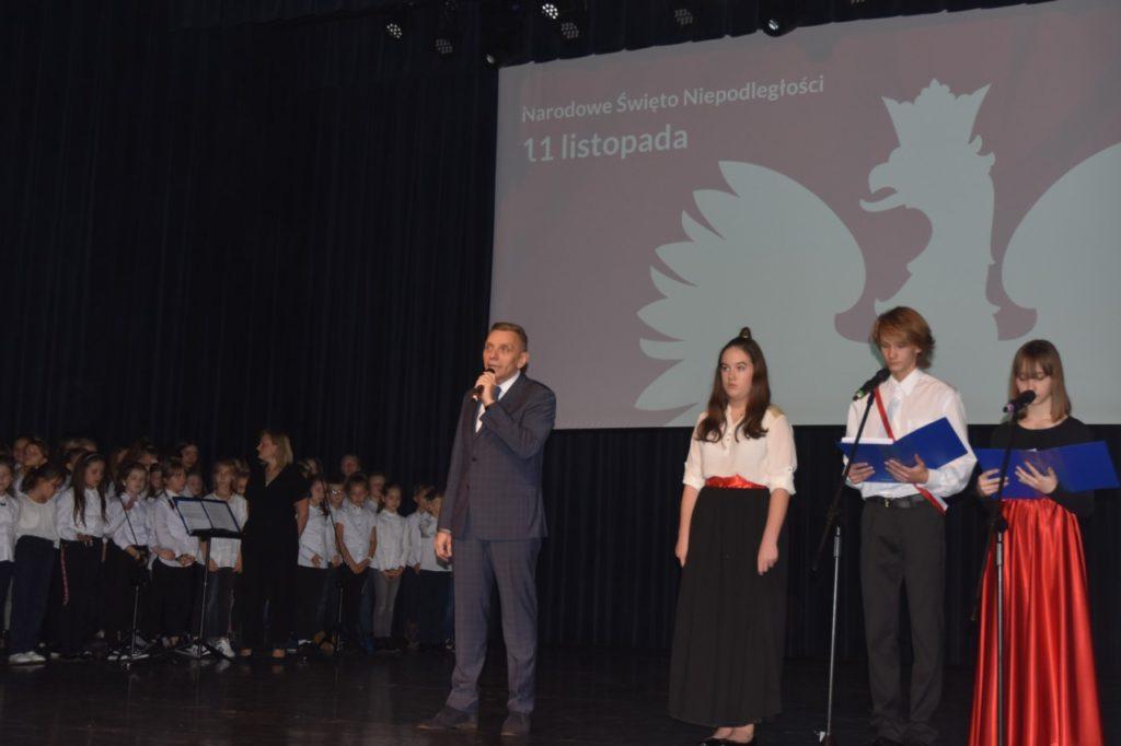foto: Narodowe Święto Niepodległości w Publicznej Szkole Podstawowej nr 2 - 2 1 1024x682