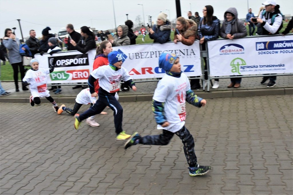 """foto: Drugi rok z rzędu 100 młodych biegaczy z """" Dwójki"""" w Biegu Niepodległości - DSC 5205 1024x683"""