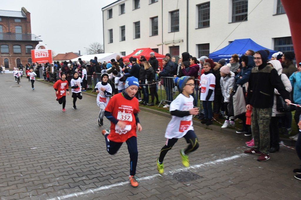 """foto: Drugi rok z rzędu 100 młodych biegaczy z """" Dwójki"""" w Biegu Niepodległości - DSC 5209 1024x682"""