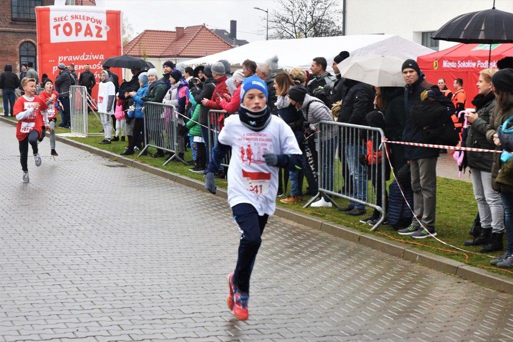 """foto: Drugi rok z rzędu 100 młodych biegaczy z """" Dwójki"""" w Biegu Niepodległości - DSC 5227 1024x683"""