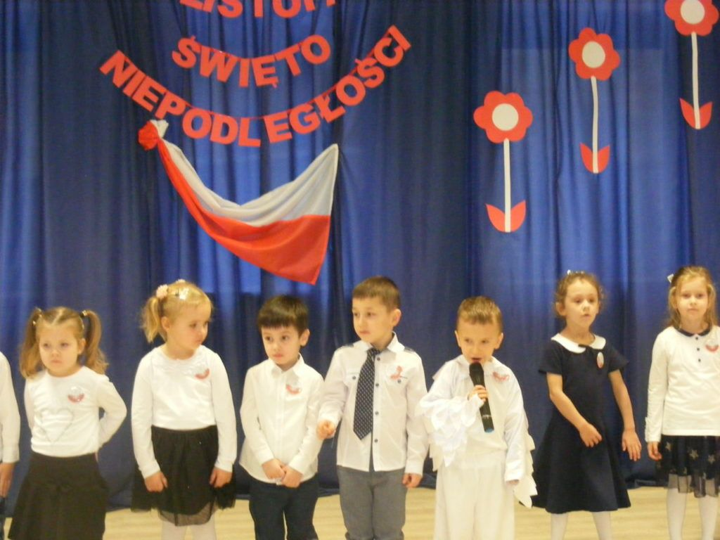 foto: Święto Niepodległości w Przedszkolu nr 3 - DSCF1131 1024x768