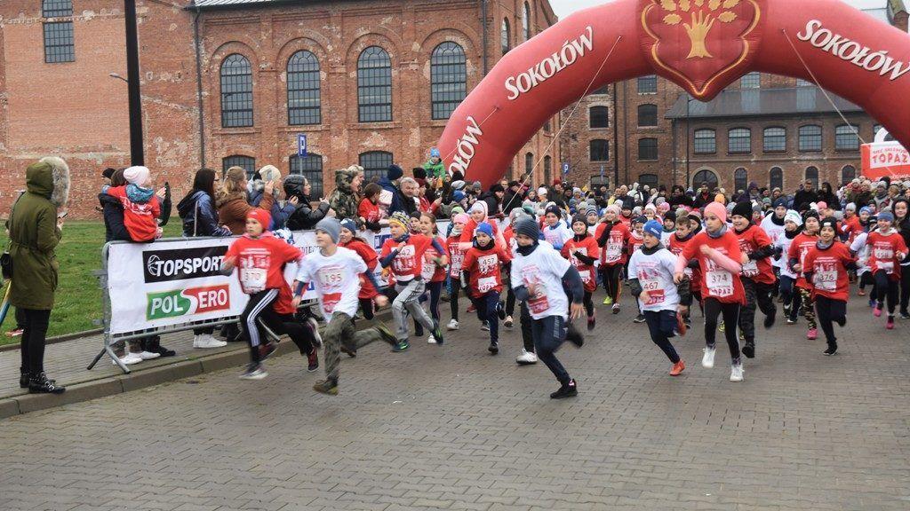 """foto: Drugi rok z rzędu 100 młodych biegaczy z """" Dwójki"""" w Biegu Niepodległości - DSC 5207 1024x576"""