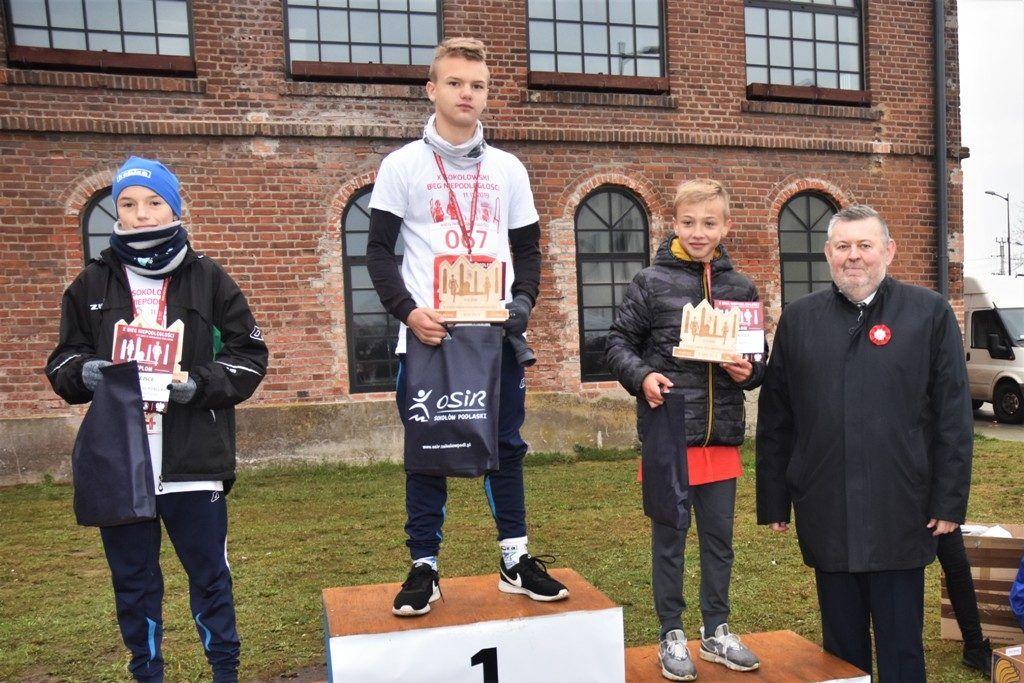 """foto: Drugi rok z rzędu 100 młodych biegaczy z """" Dwójki"""" w Biegu Niepodległości - DSC 5255 1024x683"""