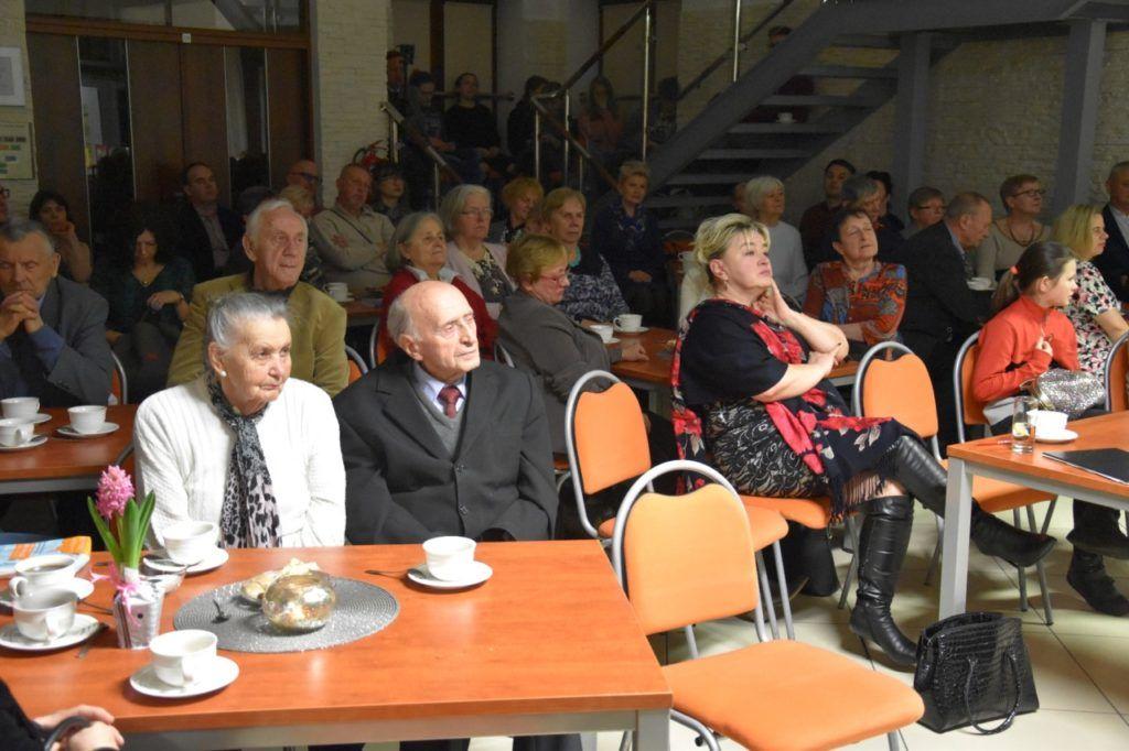 foto: Spotkanie z twórczością Wiesławy Kwiek w MBP - 8 1024x682