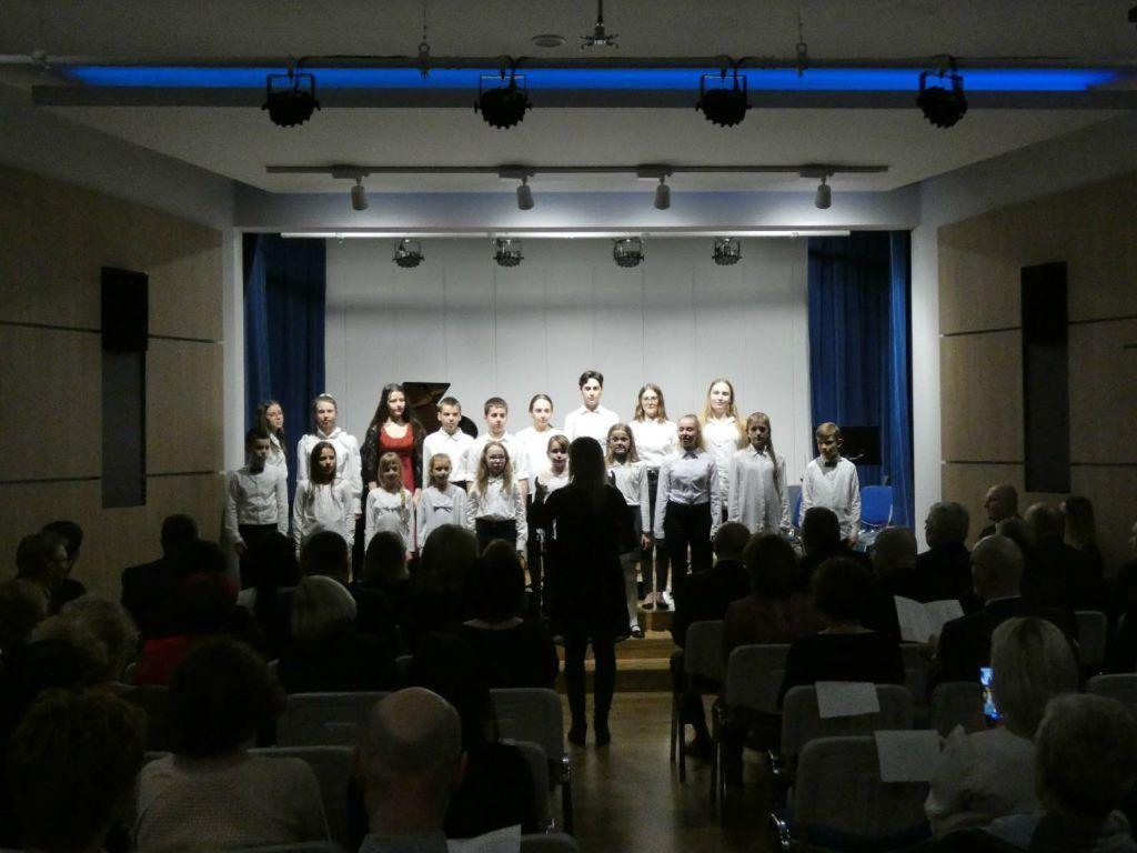 foto: Koncert Świąteczno- Noworoczny w Szkole Muzycznej I St. w Sokołowie Podlaskim - P1020841 1024x768