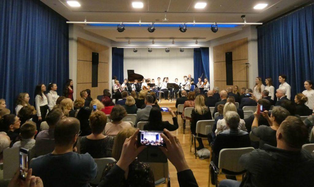foto: Koncert Świąteczno- Noworoczny w Szkole Muzycznej I St. w Sokołowie Podlaskim - P1020899 1024x610