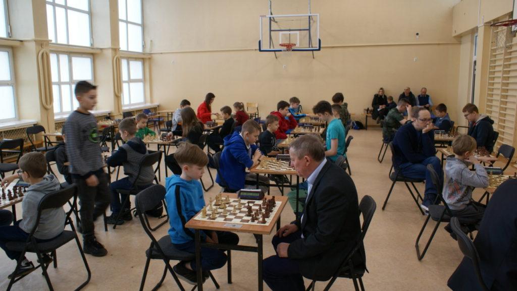 foto: VI Turniej Szachowy Pamięci Żołnierzy Niezłomnych - DSC00051 1024x577