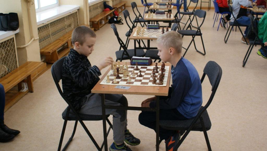 foto: VI Turniej Szachowy Pamięci Żołnierzy Niezłomnych - DSC00053 1024x577