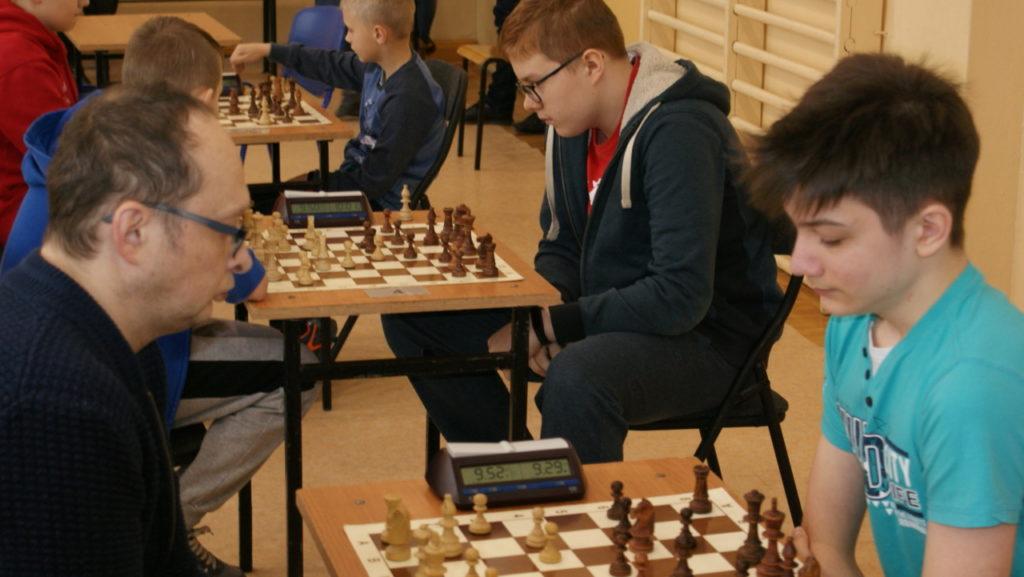 foto: VI Turniej Szachowy Pamięci Żołnierzy Niezłomnych - DSC00062 1024x577