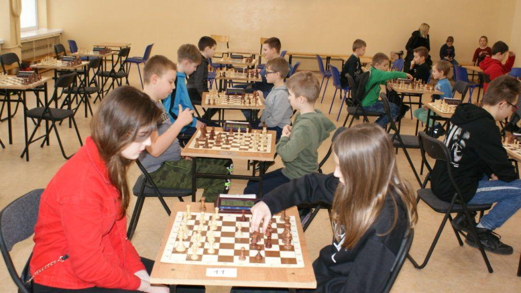 foto: VI Turniej Szachowy Pamięci Żołnierzy Niezłomnych - DSC00063 1024x577