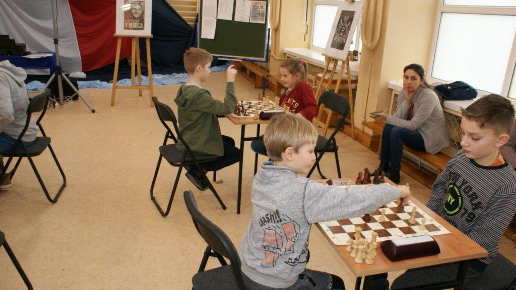 foto: VI Turniej Szachowy Pamięci Żołnierzy Niezłomnych - DSC00092 1024x577