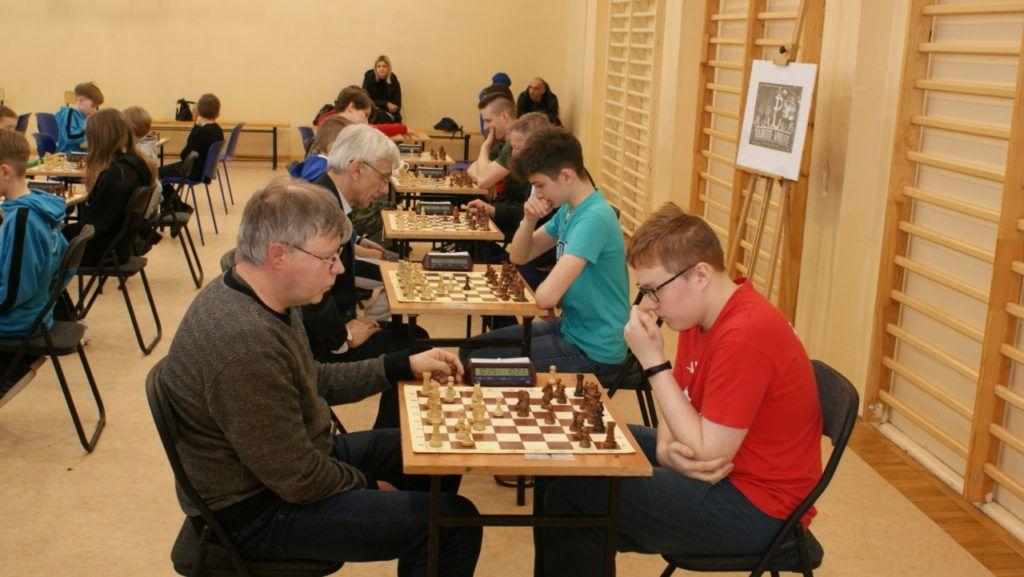 foto: VI Turniej Szachowy Pamięci Żołnierzy Niezłomnych - DSC00093 1024x577