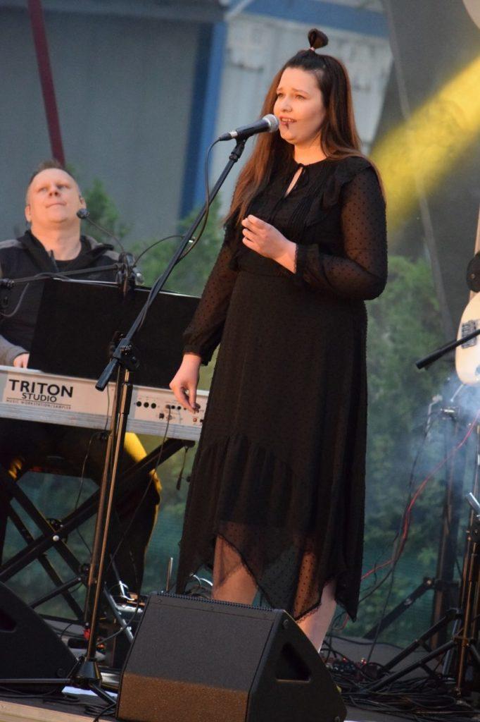 foto: Hity polskiego rocka na Trawniku Coolturalnym SOK! - 15 1 rotated 682x1024