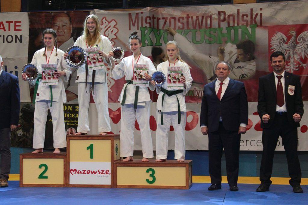 foto: Sukcesy naszych karateków - IMG 3304 1024x682