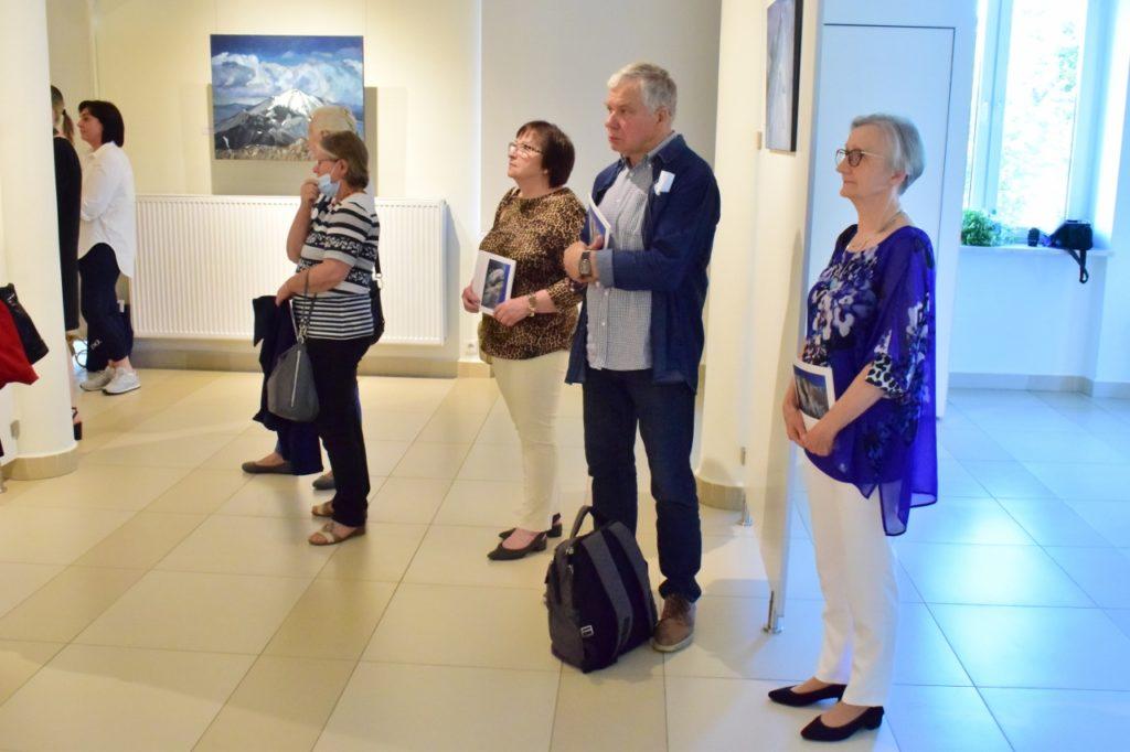 """foto: """"Wybrałem góry"""" - wystawa Ryszarda Kowalewskiego w Galerii DOM - DSC 0046 1280x853 1 1024x682"""