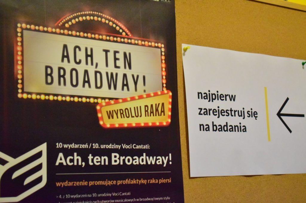 foto: Ach, ten Broadway. WYROLUJ RAKA! - 23 1024x682