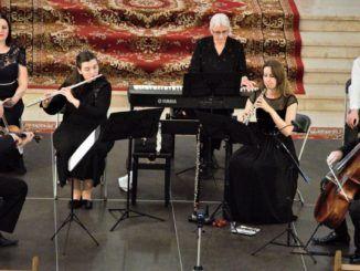zdjęcie przedstawiające grupę muzyków