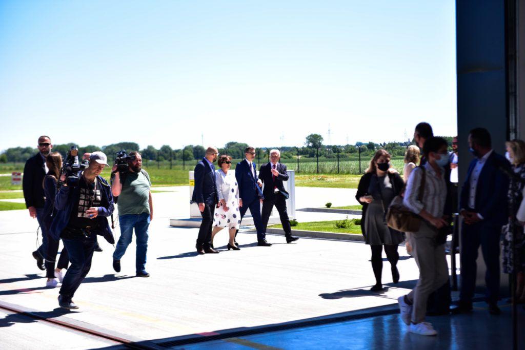 foto: Premier Mateusz Morawiecki odwiedził sokołowską bazę HEMS - DSC 0885 1024x683
