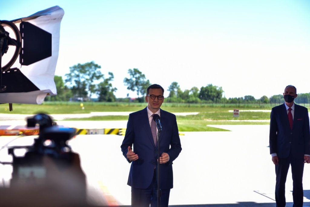 foto: Premier Mateusz Morawiecki odwiedził sokołowską bazę HEMS - DSC 0927 1024x683