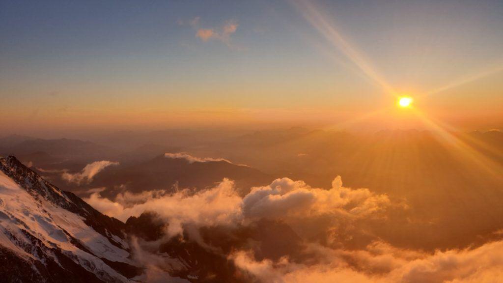 foto: Strażak z PSP Sokołów Podlaski zdobył Mont Blanc - 20210901 200308 1024x576