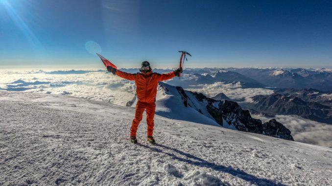 asp. Piotr Domański na szczycie Mont Blanc