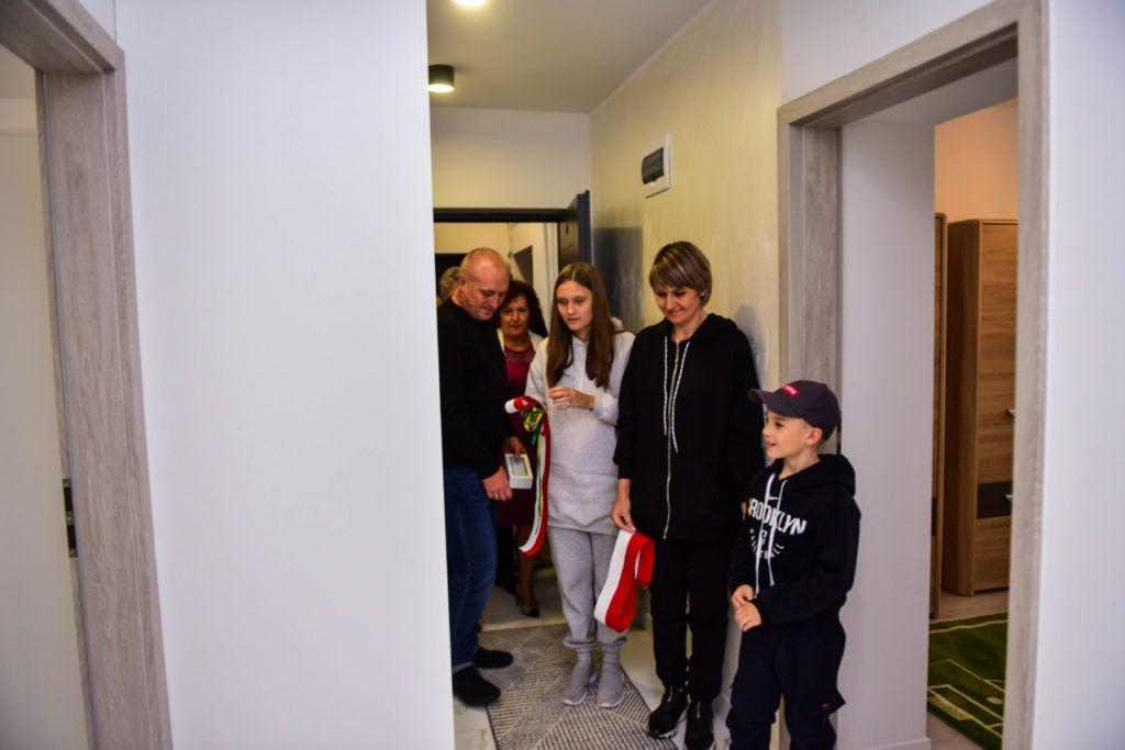 foto: Przyjęcie rodziny repatriantów z Kazachstanu - DSC 3397 1024x683